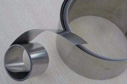 什么原因会影响精密不锈钢带的光泽度?